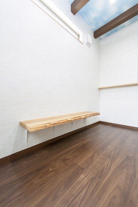ベンチ 京都・滋賀の注文住宅 天然木の家