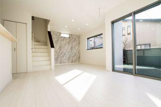 リビング階段|京都・滋賀の注文住宅 天然木の家