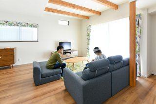 家族団らんリビング|京都・滋賀の注文住宅 天然木の家