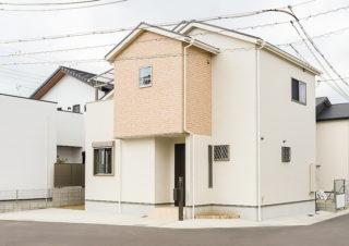 シンプルモダンな外観|京都・滋賀の注文住宅 天然木の家