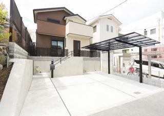 ブラウンとホワイトの外観|京都・滋賀の注文住宅 天然木の家