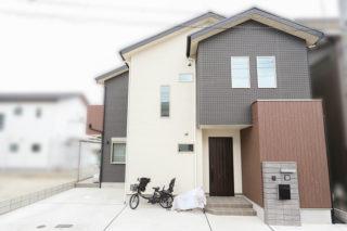 天然木の家 housing brand HODAKA 白と黒を基調とした外観|京都・滋賀の注文住宅 天然木の家