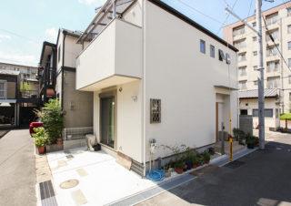 土地14坪のシンプルな白い家|京都・滋賀の注文住宅 天然木の家